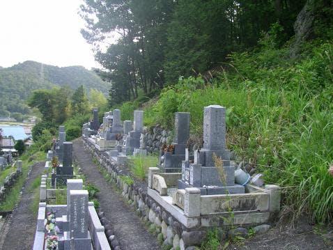 洞泉寺霊園
