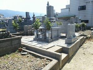 四国中央市営 岡屋敷墓地の画像