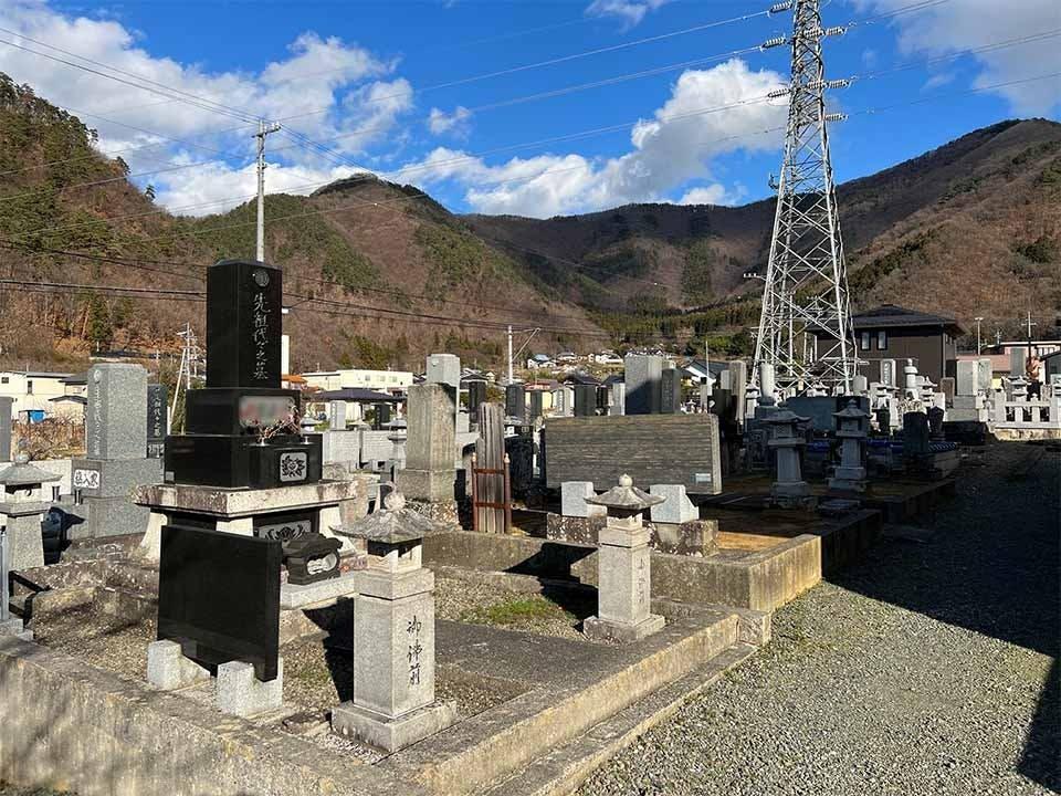 清涼院墓地
