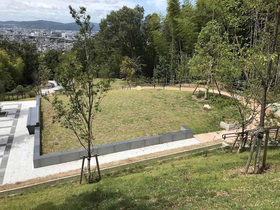 京都市営 深草墓園