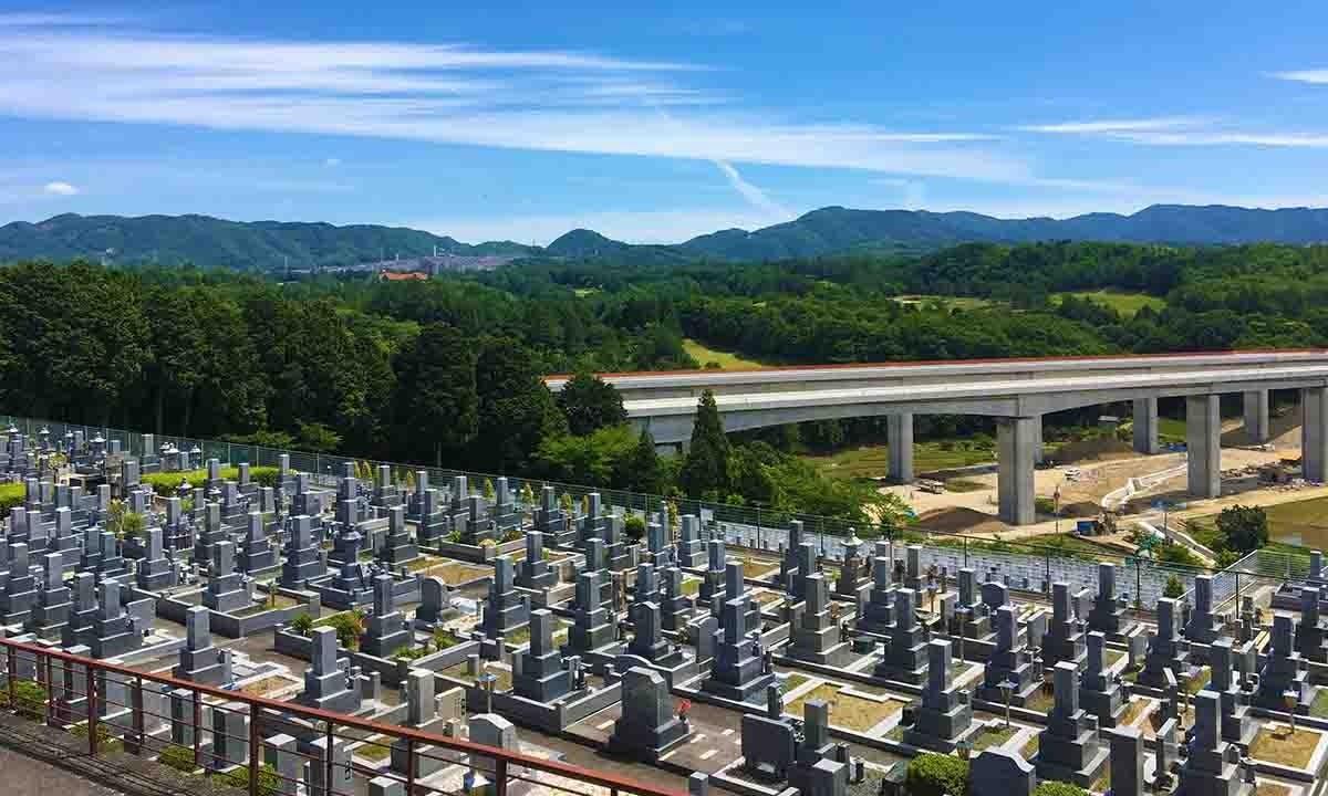 仏心霊園 一般墓・樹木葬