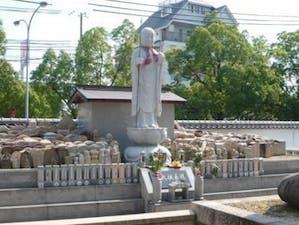 中勝寺墓地の画像