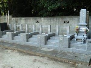 西林寺墓苑の画像