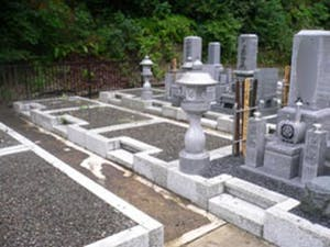 本告寺霊園の画像