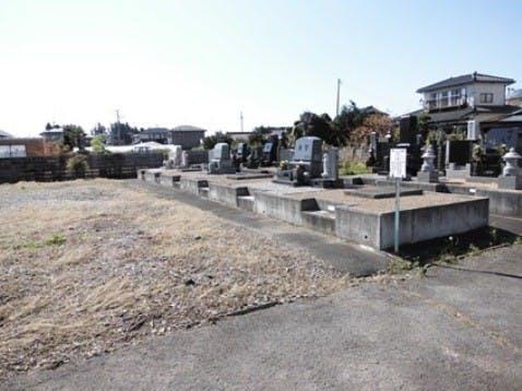 富長共同墓地