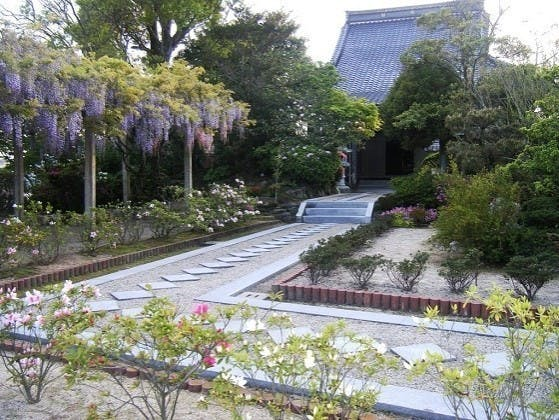 円城寺 桃源の郷墓苑