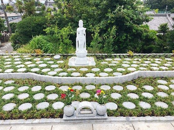 藤沢長後樹木葬墓地