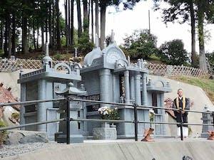 慧日山 萬泉寺 永代合葬墓「とわの碑(いしぶみ)」の画像
