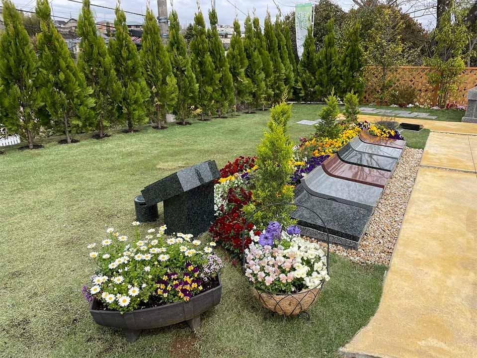 プレミアム小田原城山フレグランス樹木葬墓地