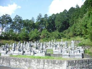 盛林寺墓地の画像