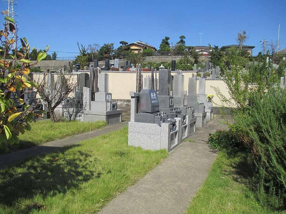 中郡二宮樹木葬永久の郷