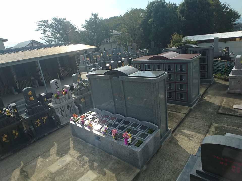 小山黒迫墓地