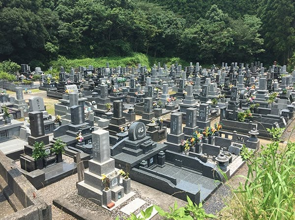 土々呂共同墓地