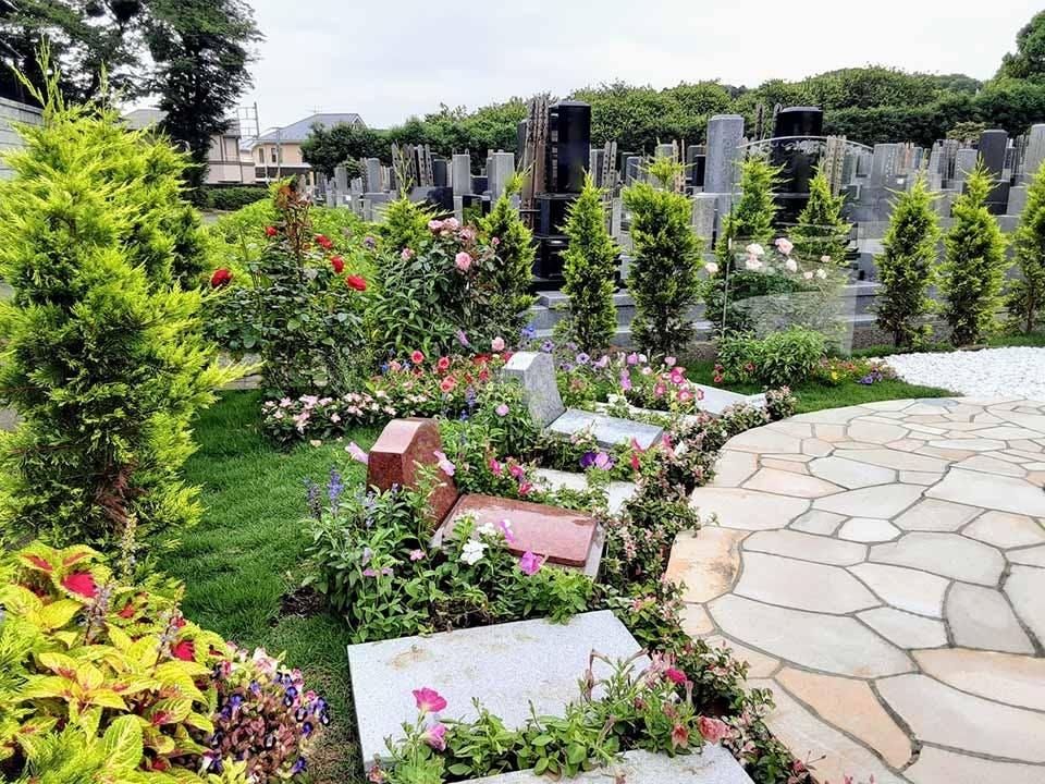 町田 樹木葬「笑みの樹」