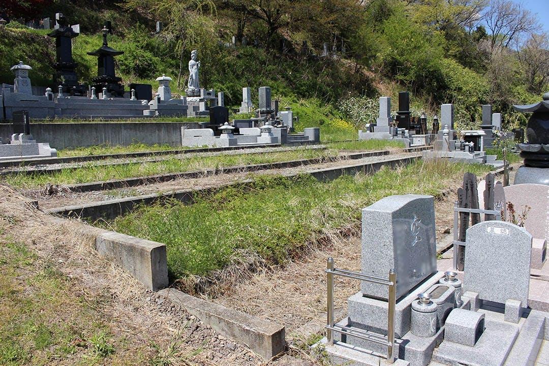 天照寺墓地