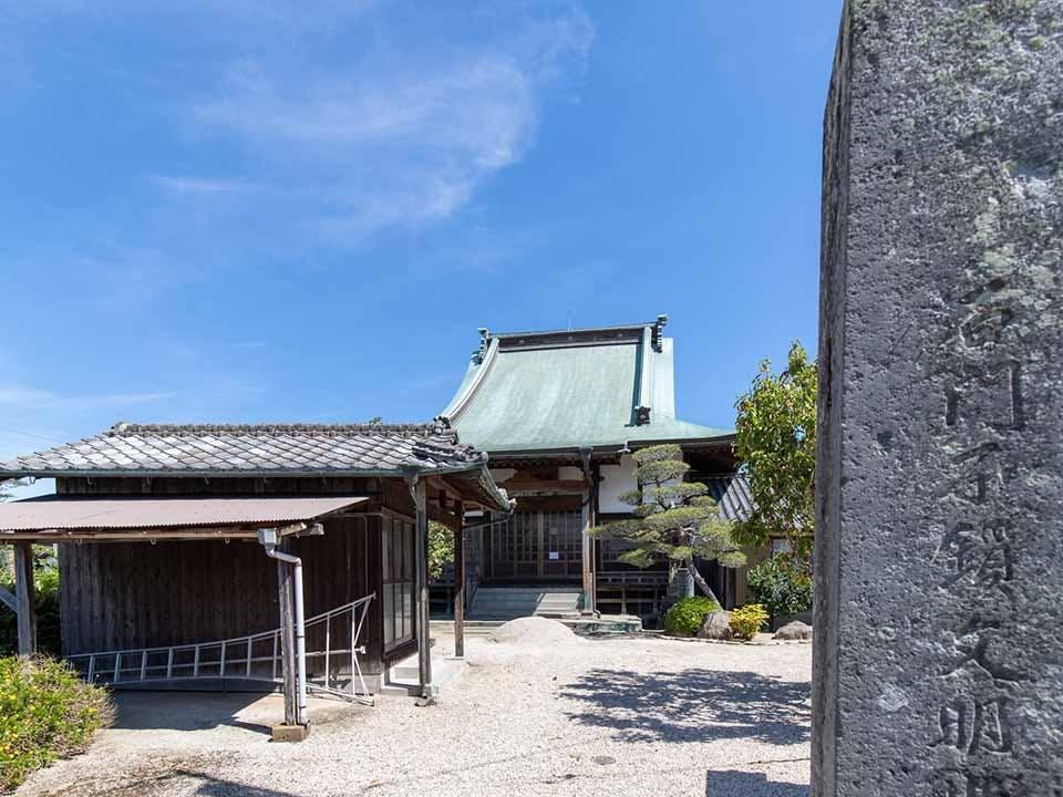 法源寺 のうこつぼ
