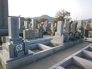 酒津墓地の画像