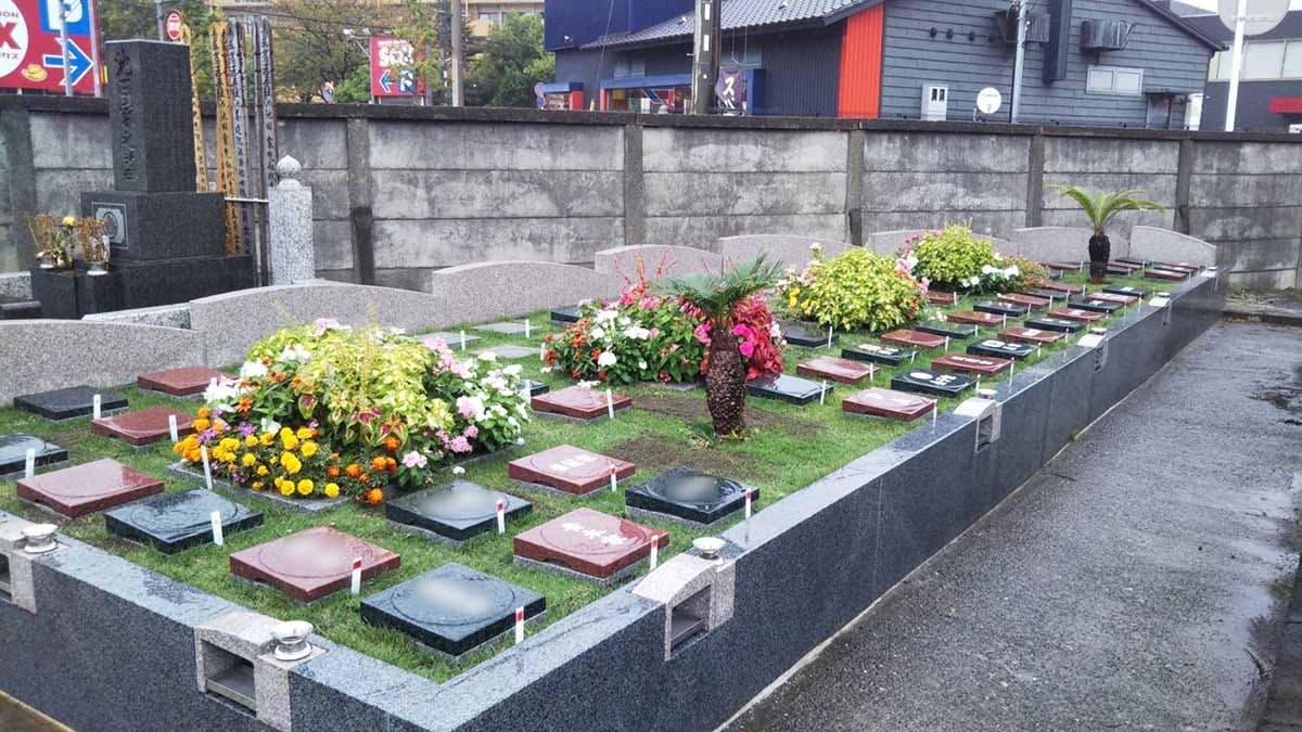 プレミアム茅ヶ崎湘南の空樹木葬墓地